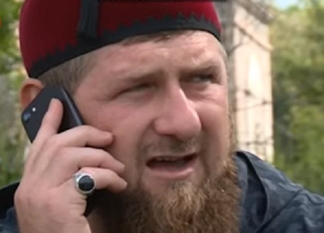 Кадыров предложил учащимся отмечать выпускной вне школы