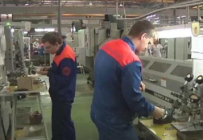 ВМинистерстве труда посоветовали график выходных на 2018-й год