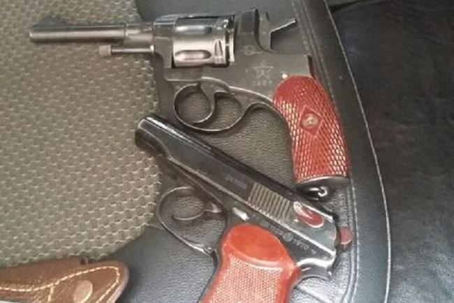 В Красноярске ликвидировали незаконный оружейный цех